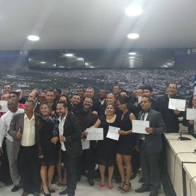 Diplomação e DRT garantido dos alunos do curso de Rádio e TV -  Jequié/BA